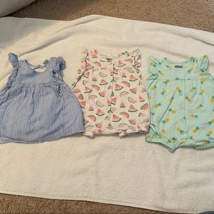 Old Navy dress and rompers lot summer girl 0-3